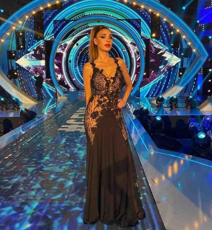 Il vestito di Cecilia - Solonotizie24