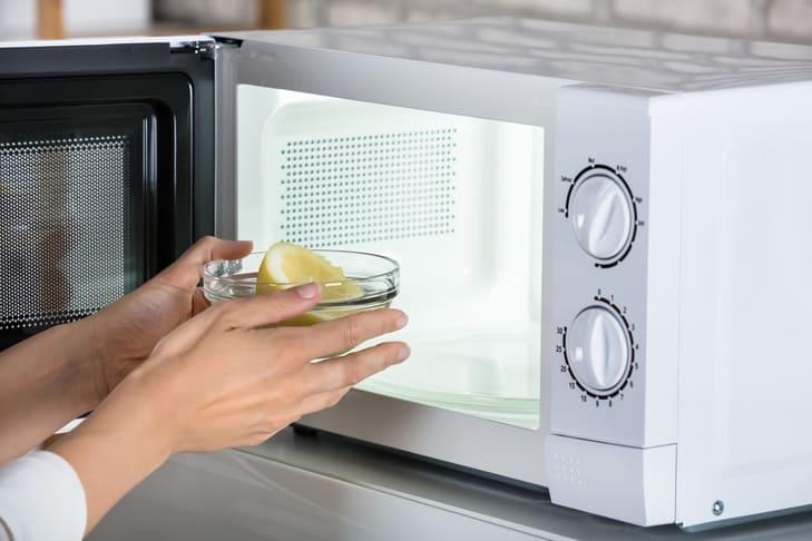 come pulire il forno 1